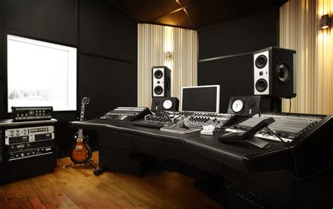 Fascination Street Studios | Founded and owned by Jens