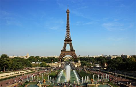 Must Visit The Breathtaking Eiffel Tower – The WoW Style