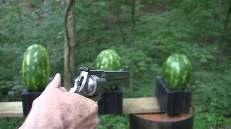 500 Magnum vs Watermelons - YouTube