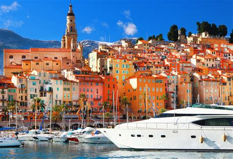 Part of the Elite Crowd: The Best Way to Enjoy the Cannes