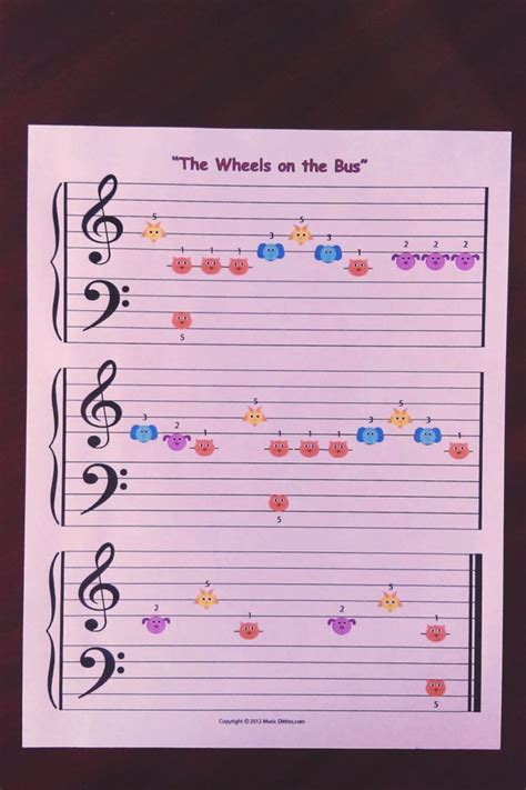 Wheels on the Bus for Beginning Piano Students - Music Ditties
