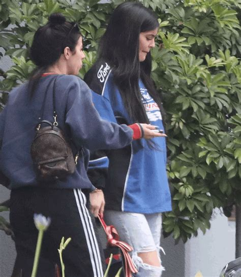 According to MTO, Kylie Jenner is pregnant! See pic of her